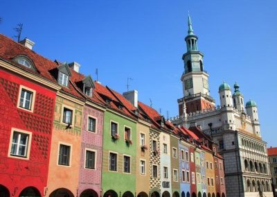 Old marketplace and city hall by © Marek and Ewa Wojciechowscy, Trips over Poland, CC BY-SA 3.0